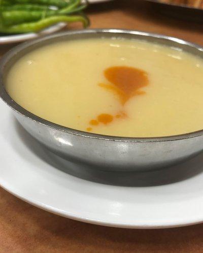 Gül kebap Domates Rendesi soslu Mercimek Çorbası